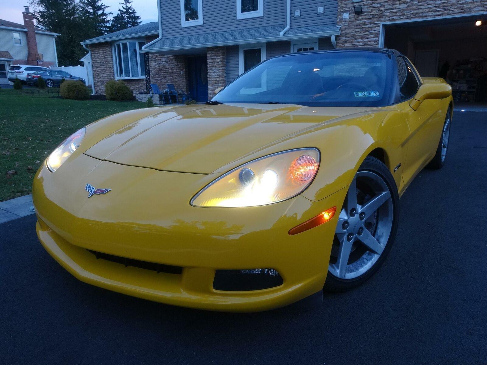 2005 Yellow Chevrolet Corvette     C6 Corvette Photo 3