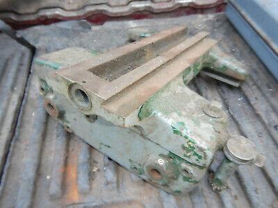 Vintage Small Atlas Metal Lathe Carriage Casting W Threading Dial