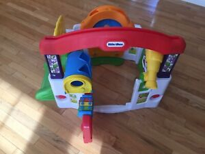 Little Tikes Garden Center