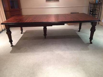 Jas Shoolbred & Co. Dining Table (Extendable)