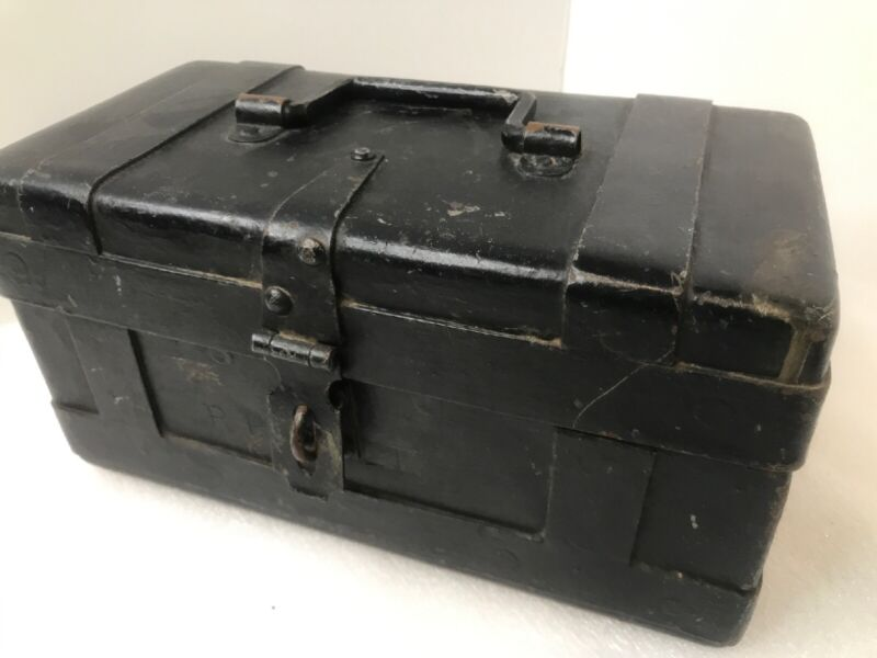 Antique Cast Iron Strong Box Metal Banded Bank Stagecoach Money Box A++