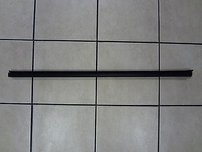 94-02 Dodge Ram 1500 2500 3500 New Door Belt Weatherstrip Passenger Side Mopar