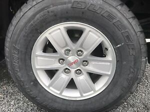 Brand new 265/70/17 Bridgestone Dueler on gmc / chev rims