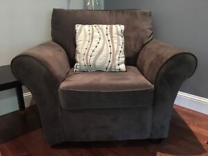 Grey loveseat and matching chair