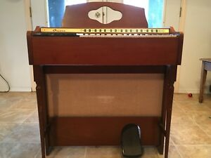 Old air organ, cord organ, brown