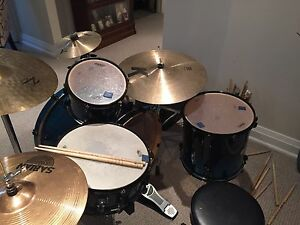 Mapex Meridian Birch drum kit