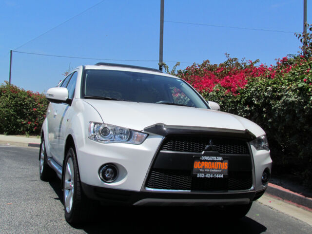 Image 1 of Mitsubishi: Outlander…