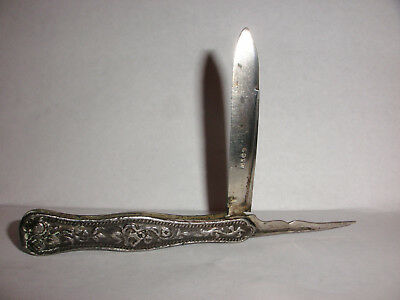 Antique American coin silver repousse pocket fruit 2 blades knife