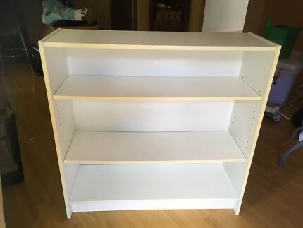 white bookcase adjustable shelves