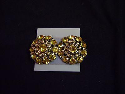 Round Clip Earrings - ESTATE SALE JEWELRY Woman's Fashion Accessory Dress -