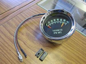 1966 66 Chevelle El Camino SS 6200 RPM knee knocker tach tachometer