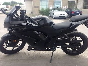 2011 Ninja - 250CC - All Black
