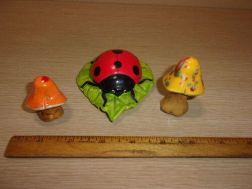 CERAMIC LADYBUG ON LEAF PLUS 2 SMALL MUSHROOMS FIGURES