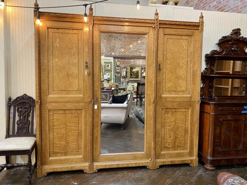 English Aesthetic Movement Carved Ash Wardrobe, attr. Lamb of Manchester, 19th c