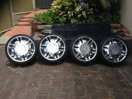 """VY - VX Holden mag wheels 20"""" Belmont North Lake Macquarie Area Preview"""