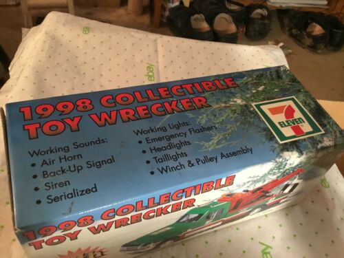7-11 collector Toy Wrecker 1998 4th edition