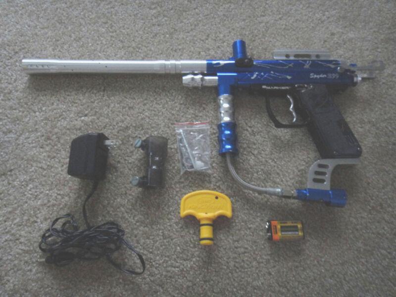 Spyder E-99 Paintball Gun Package