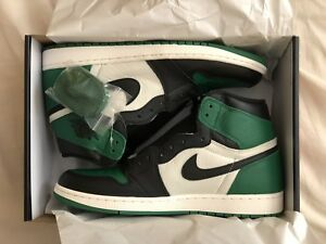 Air Jordan 1 Retro - Pine Green (size 12)