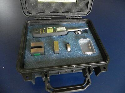 Mitutoyo Dial Indicator Id-u1025e Scratch Gauge Tool Kit