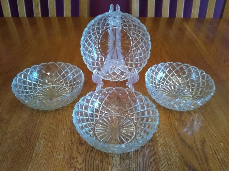 4 Lovely Vintage Anchor Hocking Waterford Clear Glass Cereal Bowls Waffle Design