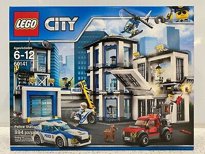 LEGO City 60141 Police Station (Retired) 894 pieces - New in Sealed Box NIB