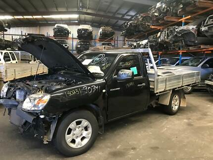 Mazda bt 50 2008 4x4 turbo diesel manualbull bar now wrecking wrecking 2011 mazda bt 50 cab chassis manual diesel 180231 fandeluxe Image collections