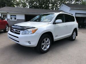 2008 Toyota RAV4 Limited Edition Dealer maintained (Must see)