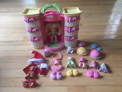 Fisher Price Snap N' Style Fashion Wardrobe With Doll And Accessories Preowned