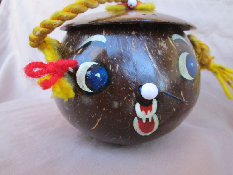 Hawaiian Coconut Shell Girl Face Purse Trinket Box Tiki Souvenir Vintage Retro