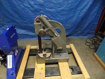 Professional Industrial Arbor Press 5 Ton Pressure 2 Ram 551 Leverage Ratio