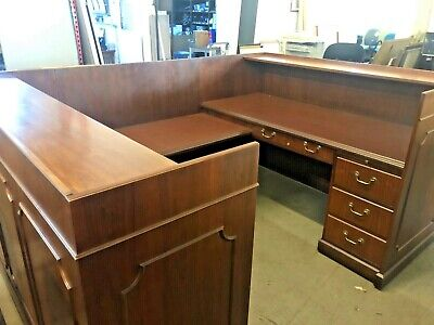 5 12 X 7.9 Traditional U-shape Reception Desk By Ofs Office Furniture