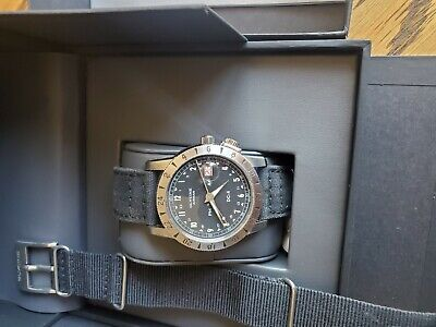 GLYCINE AIRMAN DC4 GMT Watch GL0071-Immaculate Condition-All Papers and Boxes