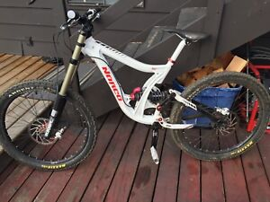 2010 norco DH race bike