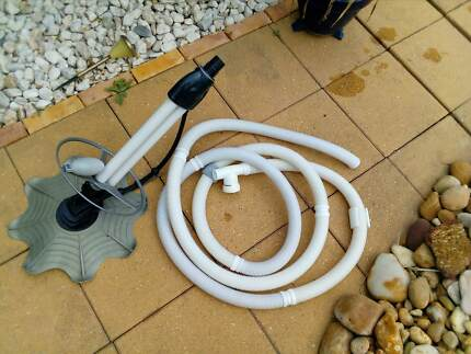Swimming pool Automatic cleaner with all the hoses