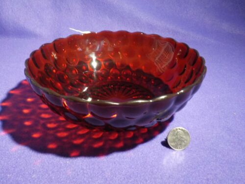 """ANCHOR HOCKING Royal Ruby Bubble 8 """" Large Berry Bowl"""