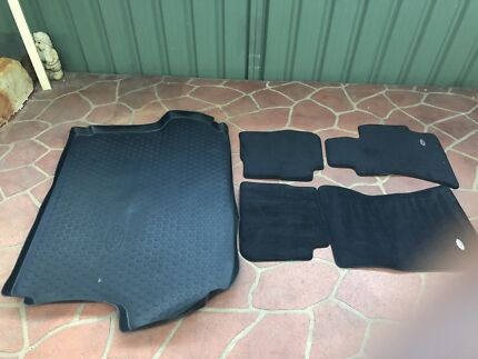 SUBARU Cargo Liner Trays and floor mats Plumpton Blacktown Area Preview