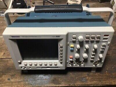 Tektronix Tds3012b 100 Mhz 1.25 Gss Two-channel Digital Phosphor Oscilloscope
