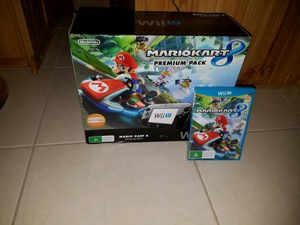 Nintendo WiiU Mario Kart 8 Premium Pack