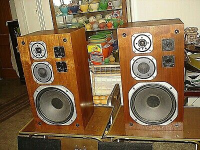 PAIR YAMAHA NS-670 Classic 3-way Speakers Good Condition