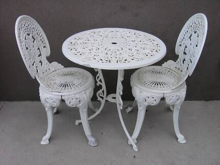 Aluminium Coalbrookdale 3 Pce Garden Outdoor Patio Table U0026 Chairs Part 61