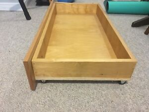 Solid wood drawer