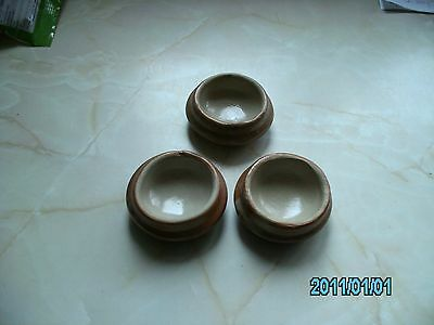 3 POTTERY CHAIR COASTERS