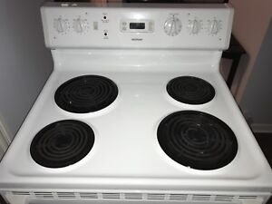 Hotpoint Stove by GE Great Condition