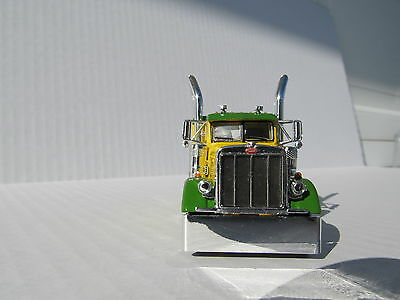 DCP 1/64 SCALE 379 PETERBILT 60'' BUNK GREEN & YELLOW (TRACTOR ONLY) 4