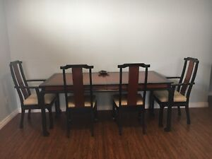 Black and brown modern  dining set  Mobilia