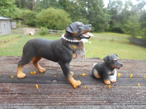 ROTTWEILER AND PUP by CollectA/ toy/ 88189/88190