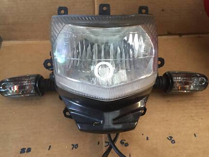 Kymco espresso 150cc 2006 now wrecking all parts parts only headlight 125 kymco 2010 tiny crack 80 fandeluxe Image collections