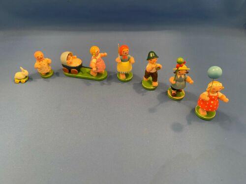 ERZGEBIRGE Wendt Kuhn Children Parade Figurines Wooden Miniatures Germany 7 pc