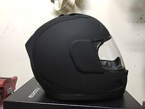 ICON MATT BLACK MOTORCYCLE HELMET MEDIUM