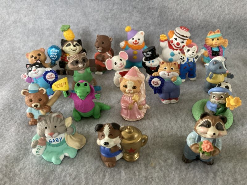 Hallmark Merry Miniatures Lot of 20 Summer Everyday Sports Clowns